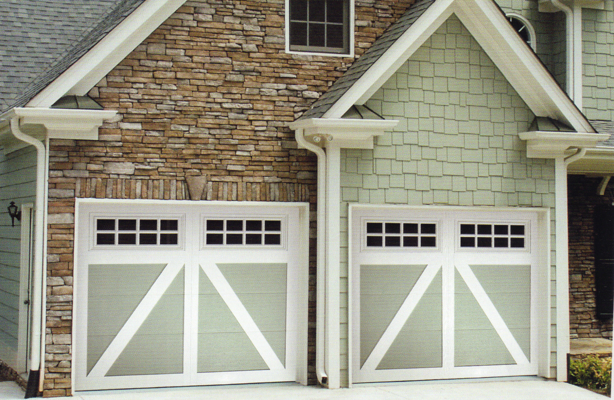Carriage creek style 5 painted garage door a plus garage for Painted garage doors pictures