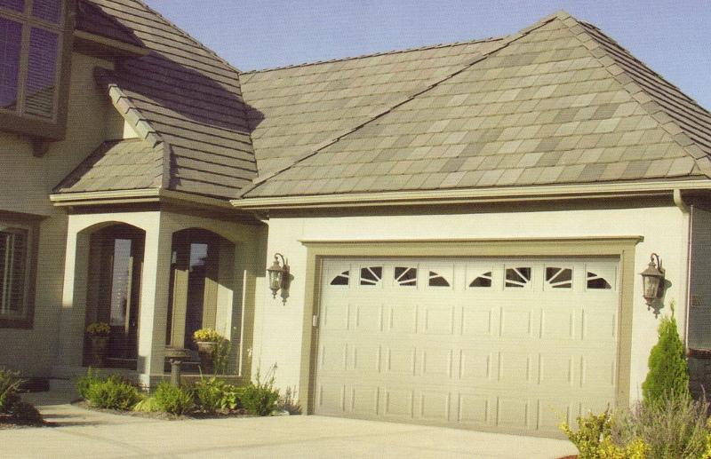 3610 Residential Steel Garage Door