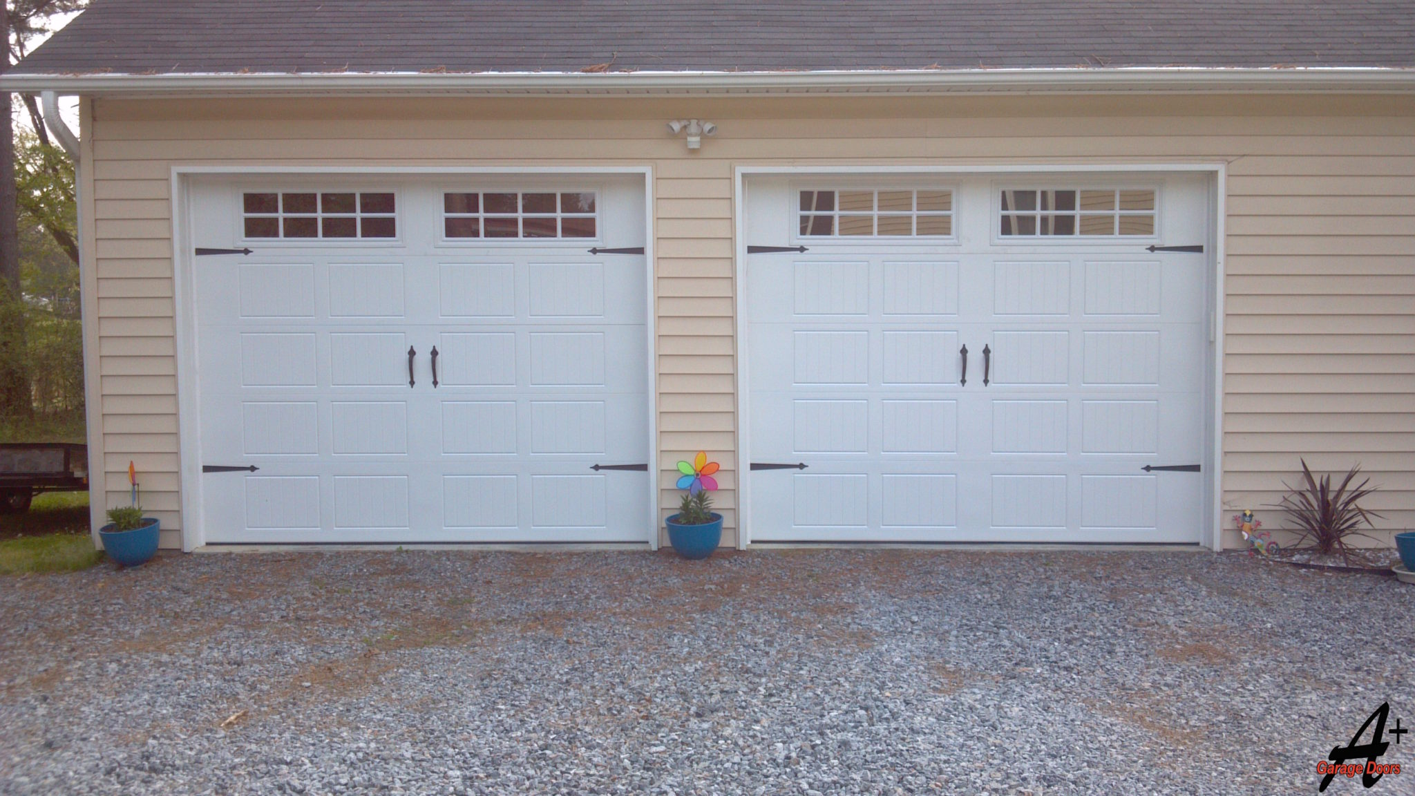 Pineville NC Single Garage Doors with Hardware