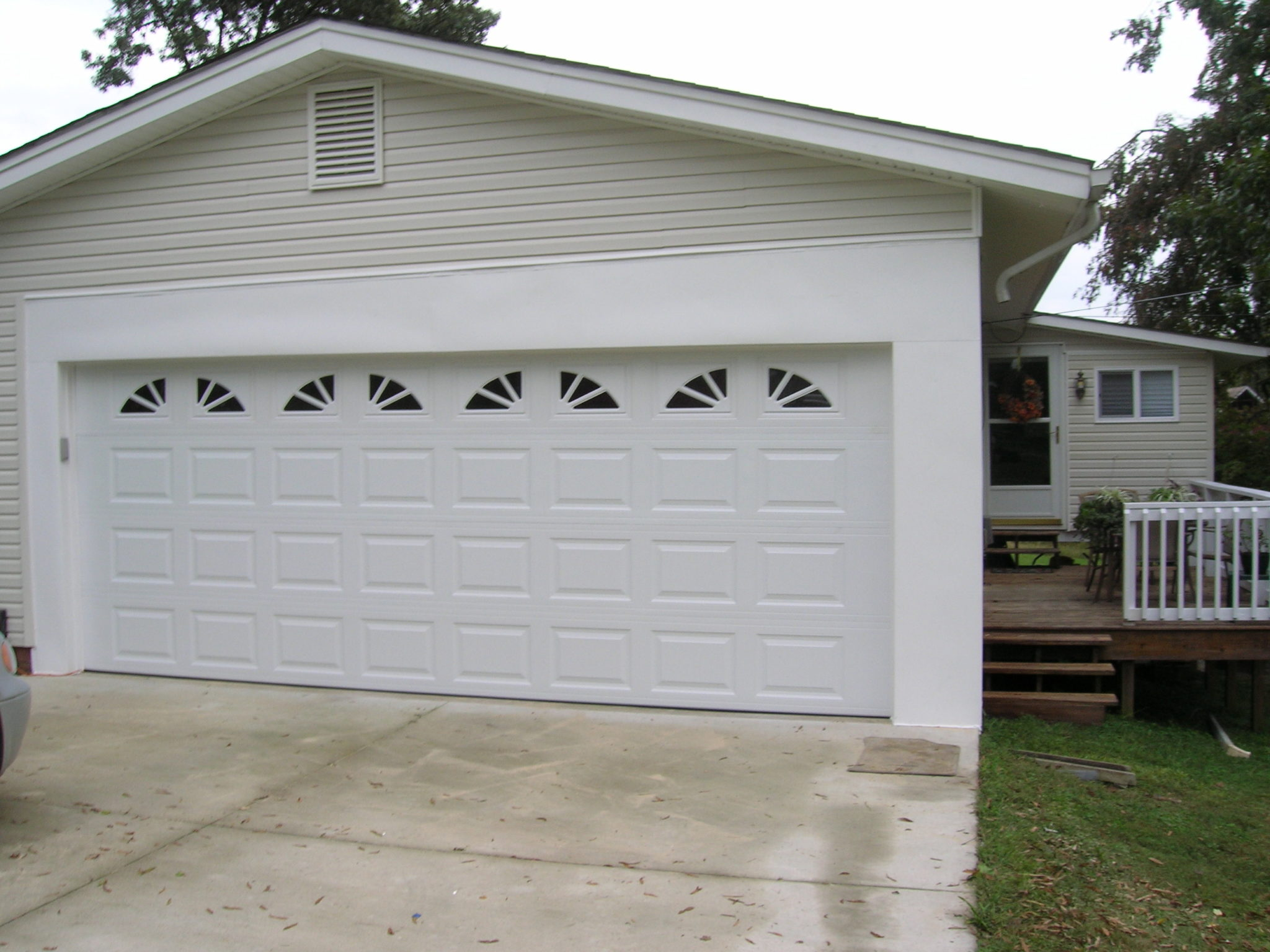 Two car garage door with windows unionville a plus for Two door garage