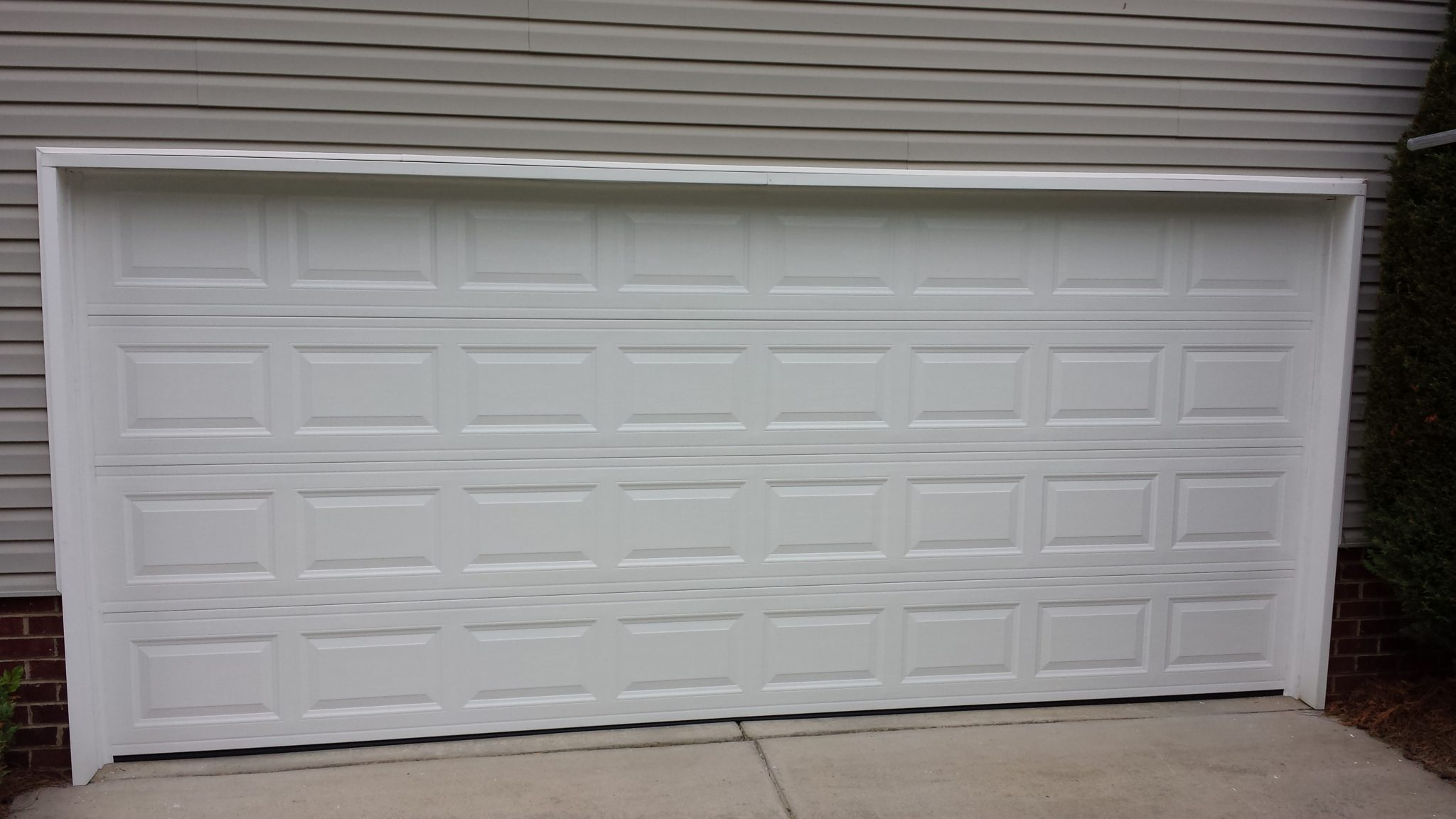 Residential garage door installation concord nc north for Garage door installation jobs