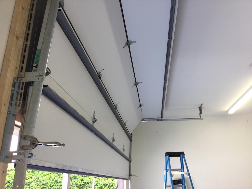 Sandwich Style Insulated Residential Garage Door